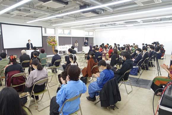 令和2年度武蔵野美術大学卒業式